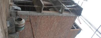 咨询各位大哥,三层自建房一楼想开个80宽200高的门洞,会影响安全吗