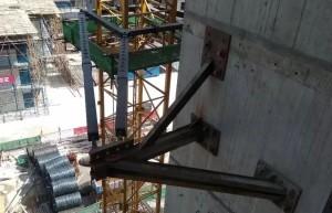12月连续2起工地塔吊事故!塔吊要倒塌?其实很难!